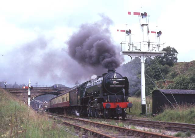 60532 leaves Goathland