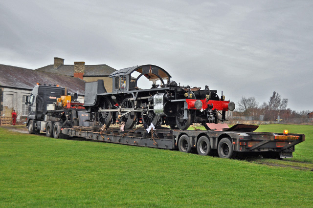 The K1 on the low loader leaving the Hopetown site - Colin Smith