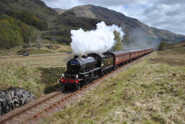 K1 climbs from Glenfinnan towards the summit on Tuesday 15/5/2012 - Iain Henshaw