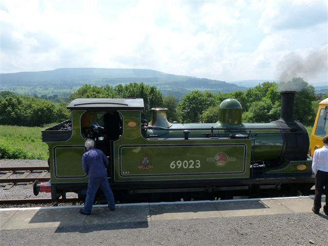 all coupled up and preparing for departure from Redmire with Penhill in the background - Terry Newman