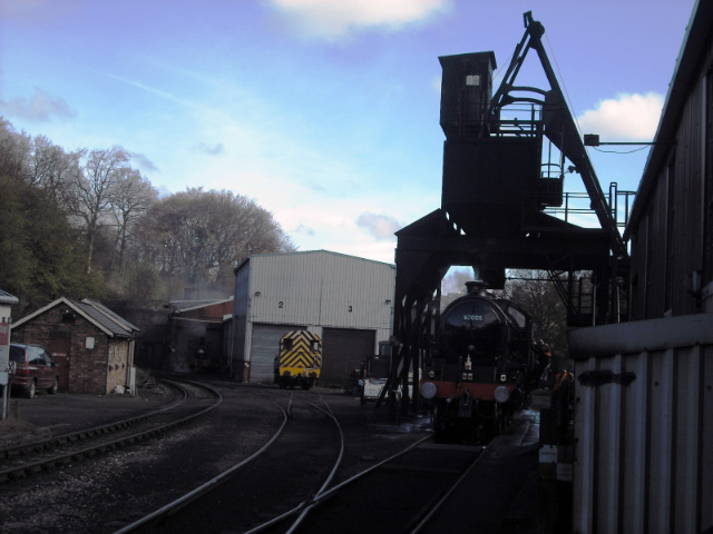 62005 taking coal prior to leaving shed - John Midcalf