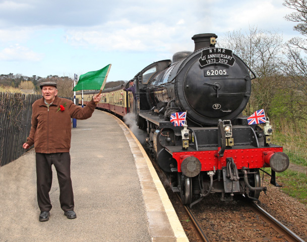 90 year old Charlie Hart, one time signalman at Ruswarp and founder of the NYMR, give the right away for the 40th Anniversary special - Maurice Burns
