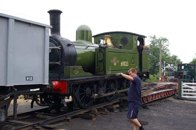 After the Gala: Joem being loaded on Alleleys wagon Monday morning, ready to go back to Leeming Bar - Chris Lawson