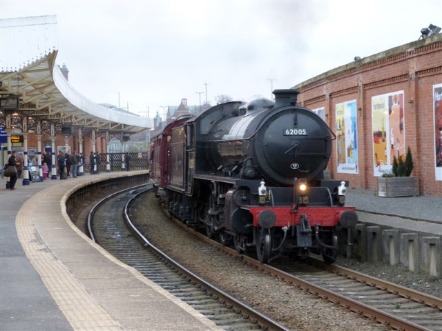 The K1 heads the train south through Hartlepool - Terry Newman