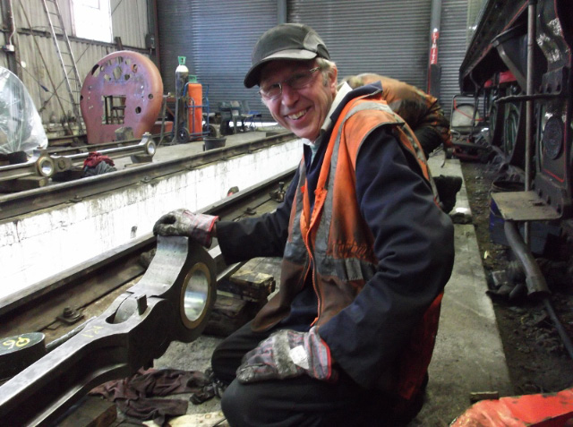 Les Harper expertly fitted the cotter off loco 3444 completing the assembly of the right hand siderods. 11/4/15 - Darrin Crone