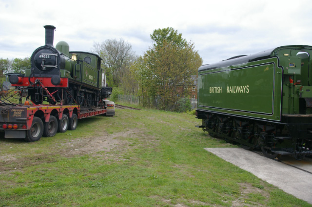 J72 and A1 tender at Hopetown - Chris Lawson