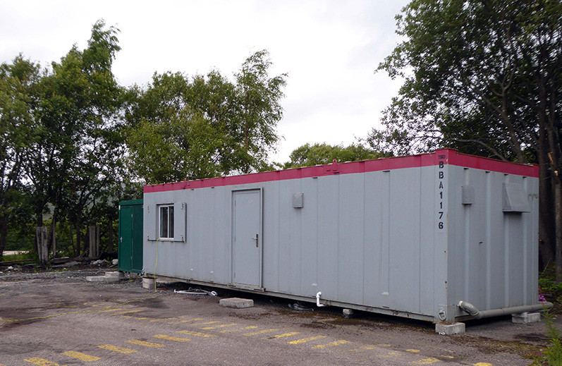 The NELPG small green hired welfare unit at Fort William Depot, next to the larger Riley unit, on 14 July 2020 - Graham Maxtone.
