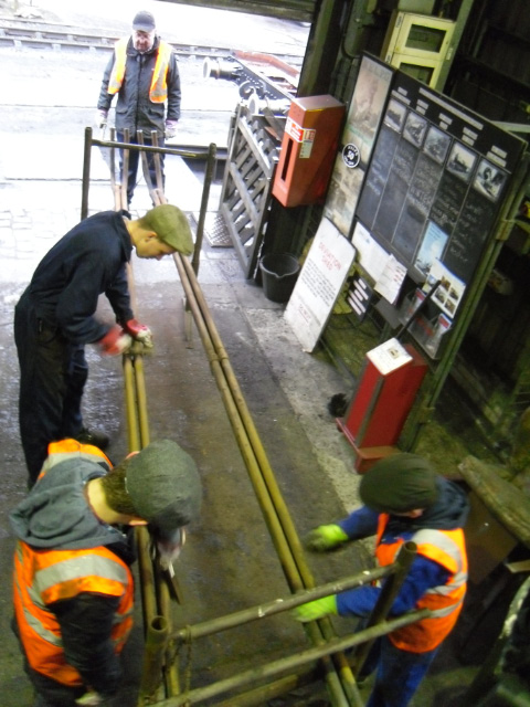 Watched by Bryan Orange Noah, Nano Tom and Finn  clean up superheater elements - Andy Lowes