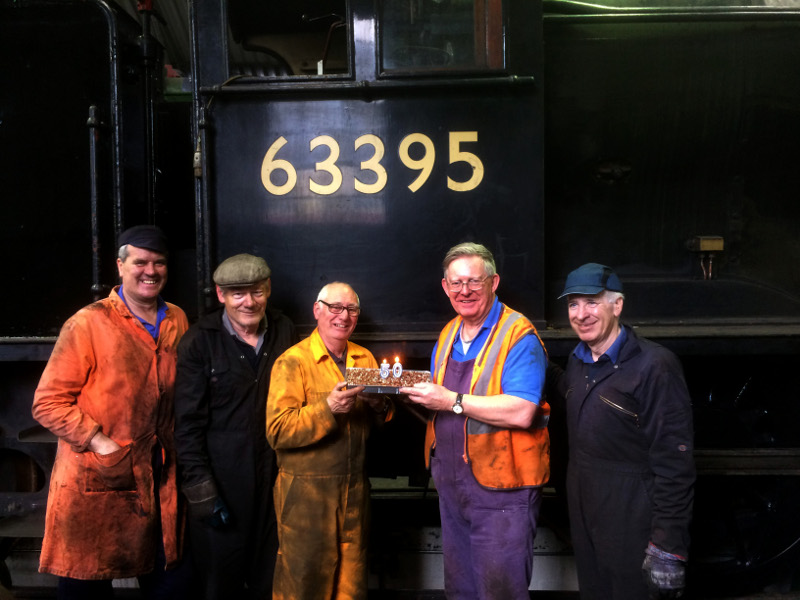 Cake to mark 50th anniversary of Q6 purchase by NELPG 18 April 2018 Jon Bradley Bill Dobson Ian Pearson Chris Lawson and Steve Hyman - Maurice Burns